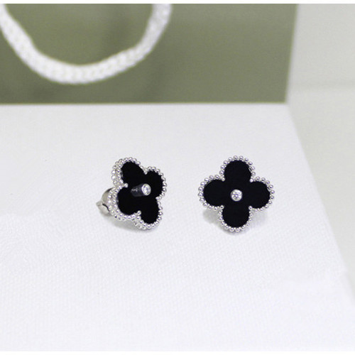 Sweet van cleef copy Alhambra white gold earrings onyx