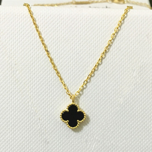 Sweet van cleef replica Alhambra yellow gold pendant onyx