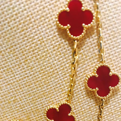Vintage imitation Van Cleef & Arpels Alhambra long necklace yellow gold 20 motifs carnelian