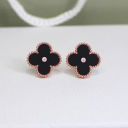 Sweet van cleef replica Alhambra pink gold earrings onyx round diamonds